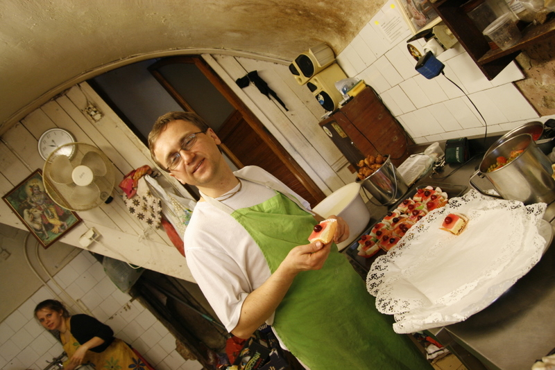 You are browsing images from the article: Krišnos sodelio atidarymo šventė Vilniuje